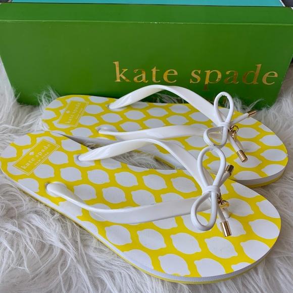 f8dbedaa3012 Kate Spade Nova Size 8 Lemon Bow Flip Flops